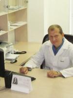 Фото врача: Леонов Игорь Геннадьевич